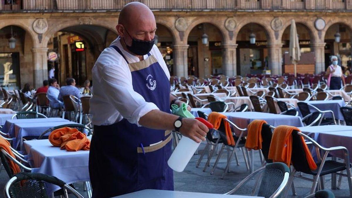 Castilla y León confina Salamanca y prohíbe fumar en terrazas en toda la región