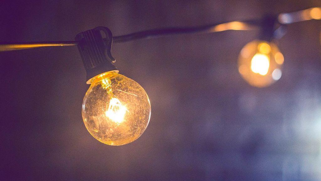 Cómo cambiar las bombillas halogenas por leds