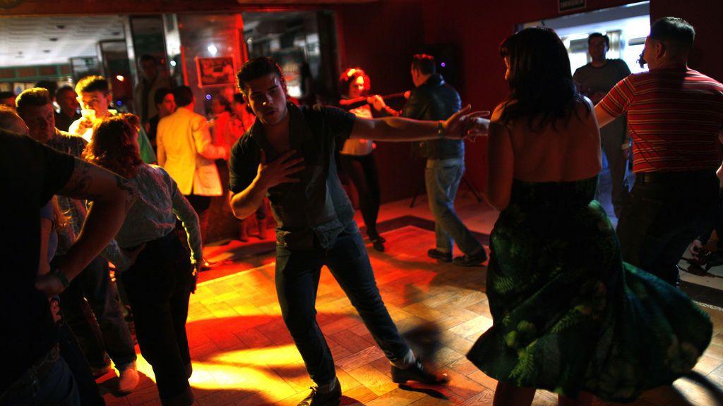 """""""Tiene mesa en la pista"""", las discotecas ya pueden reconvertirse en restaurantes en Madrid"""