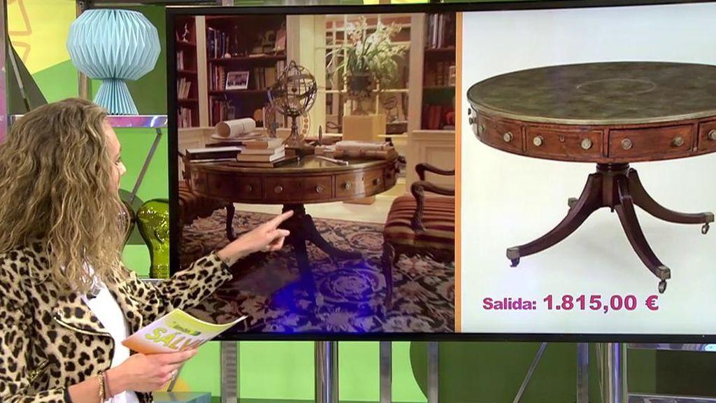 La subasta de los muebles de María Teresa Campos: un escritorio redondo, sillas o consolas