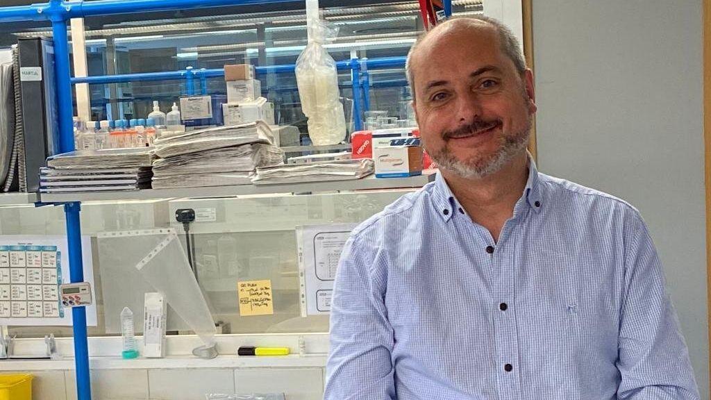 Dr. Alberto Ocaña