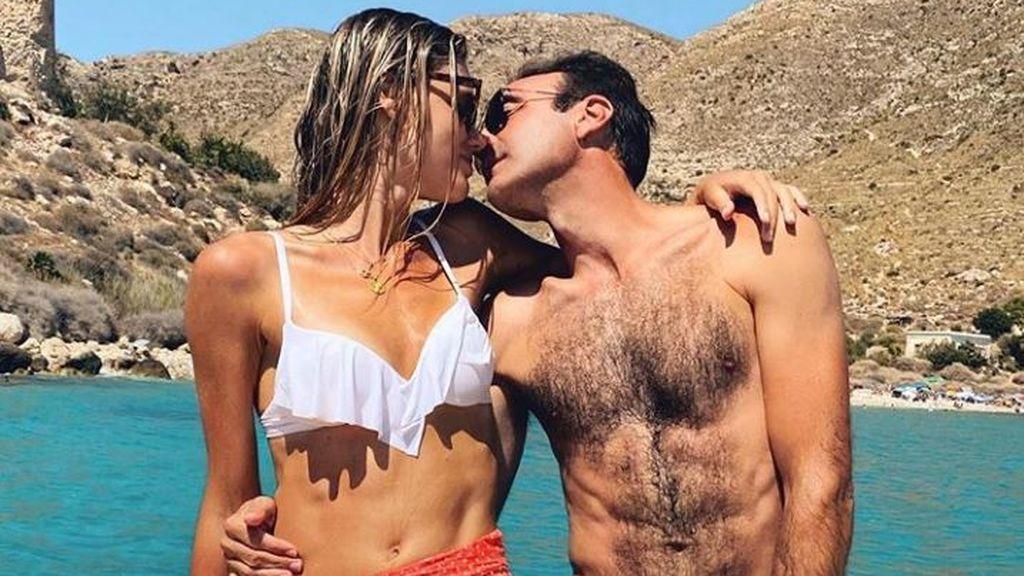 Enrique Ponce y Ana Soria estrenan su nuevo ático de lujo en Almería con un vídeo en Tik Tok