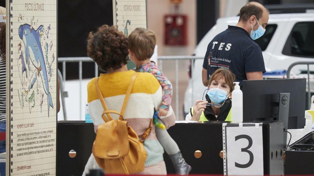 Navarra registra un nuevo máximo de contagios con 547 casos positivos en un día y cinco fallecidos