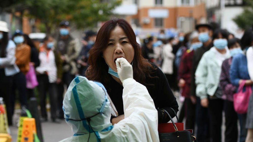 Pruebas PCR en la ciudad china de Quingdao
