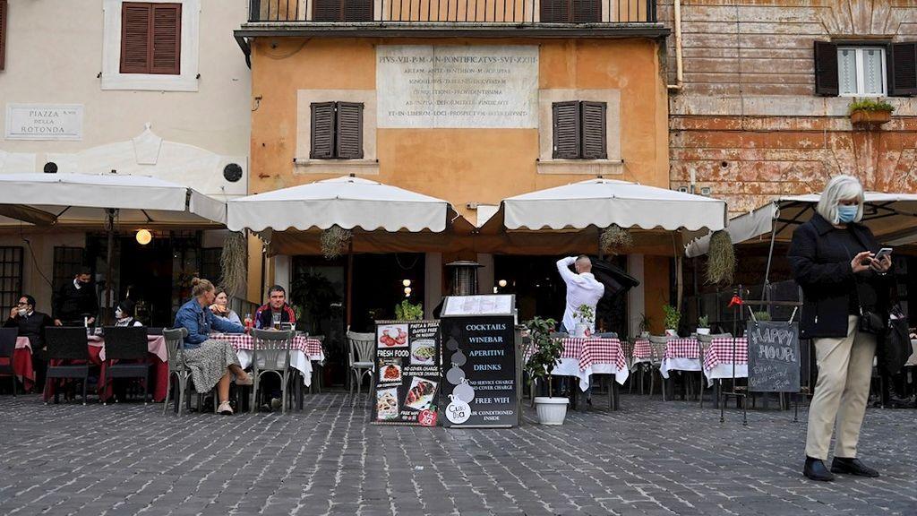 BORRADOR Italia nuevas restricciones para contener el avance del coronavirus