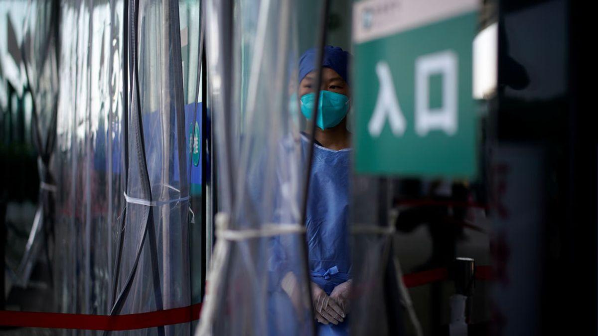 """Disciplina, confianza en sus gobiernos y cuarentena """"continuada"""": por qué Asia supera a Europa en el control del virus"""