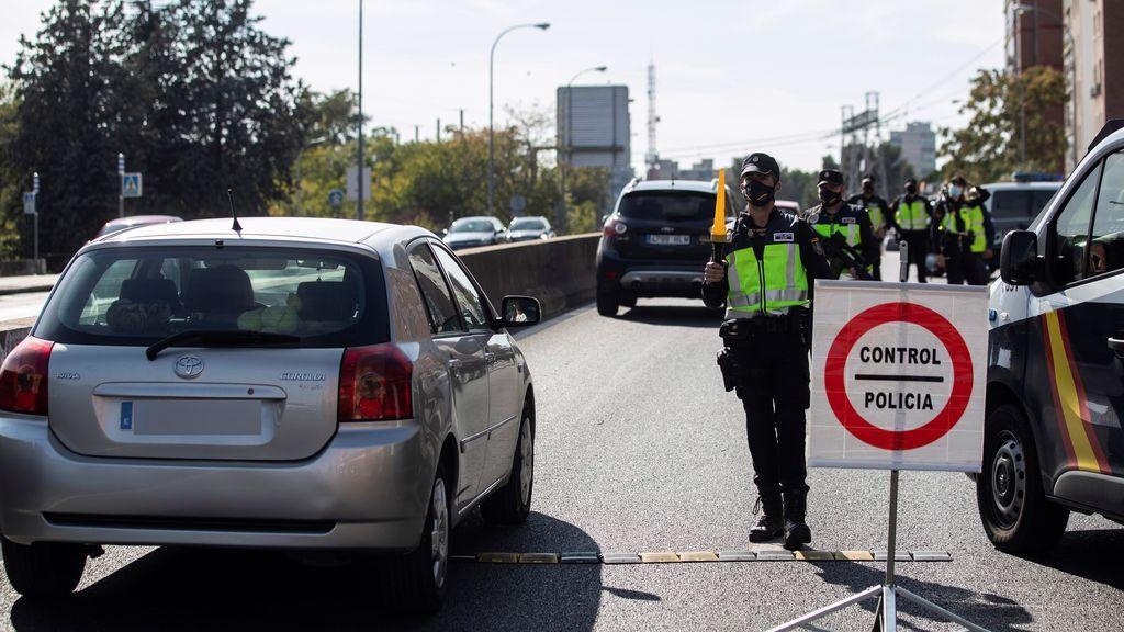 El estado de alarma en Madrid, a punto de caducar al borde del puente de noviembre y con sólo Parla por encima de los umbrales de Sanidad