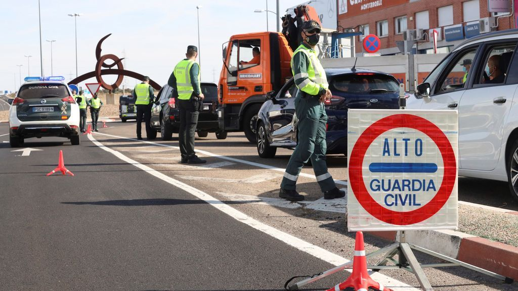 Los casos en España se disparan a cifras récord después del puente del Pilar