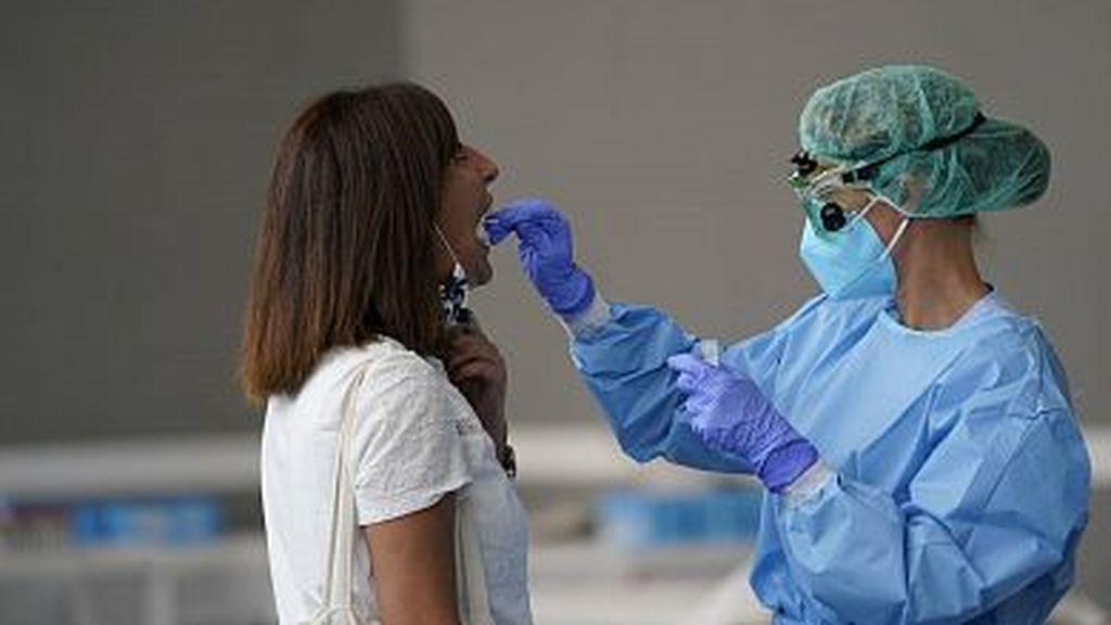 El epimiólogo Michael T. Osterholm pronostica los próximos tres meses: España entera se confinará