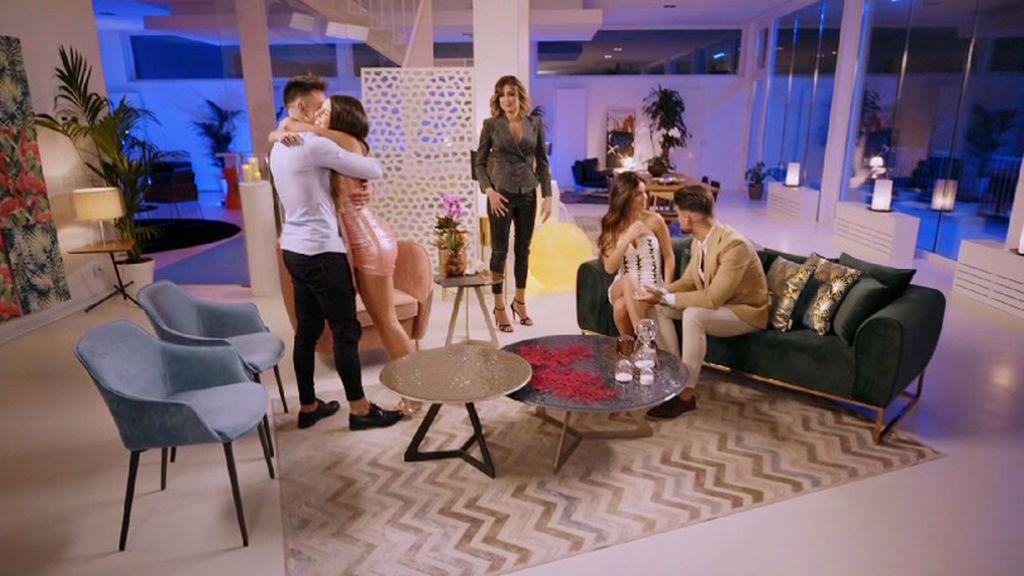 Los protagonistas de 'La Isla de las Tentaciones' se reencuentran en España para abordar su situación tres meses después