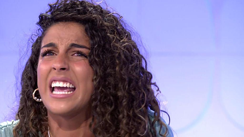 """Zoe se derrumba: """"Yo lo doy todo por Josué y siempre me siento atacada"""""""