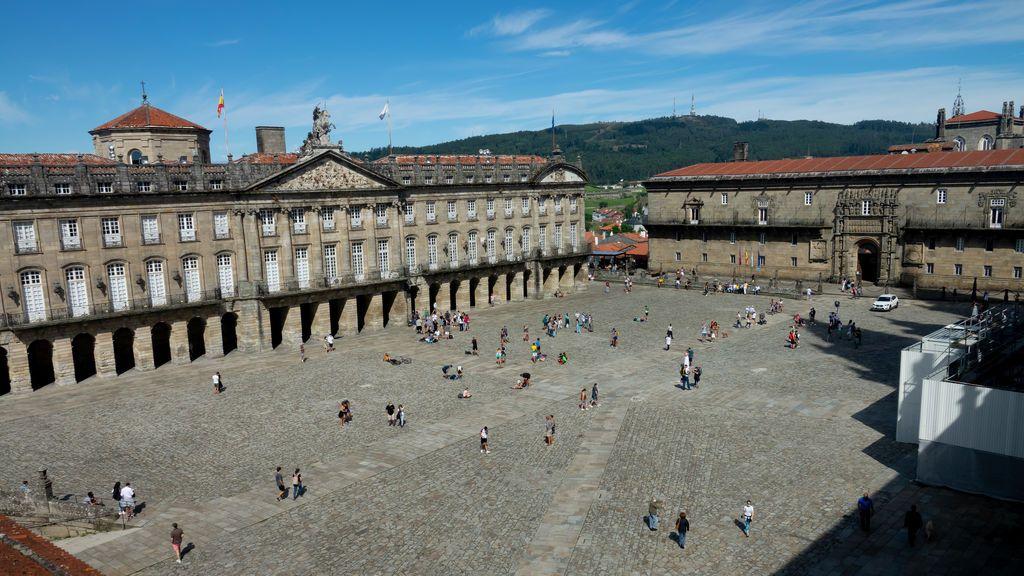 Galicia limita las reuniones sociales a cinco personas