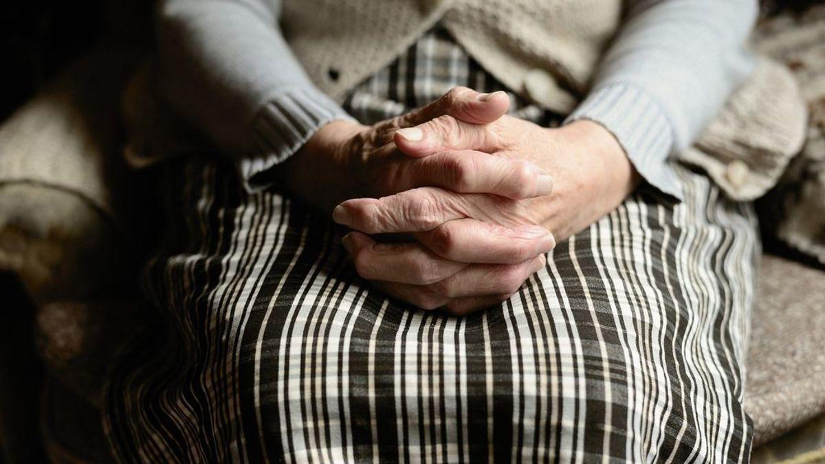 Juicio por los malos tratos a los ancianos de la residencia La Milagrosa de Málaga: la Fiscalía pide 5 años para 6 trabajadores