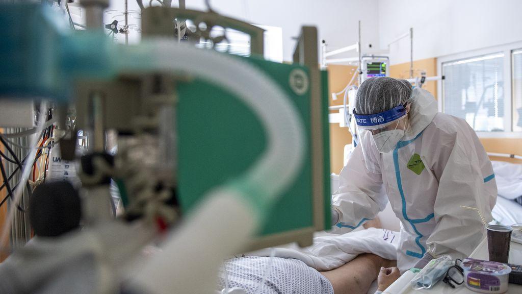 Un estudio halla covid en habitaciones de un hospital aun renovando el aire cada minuto