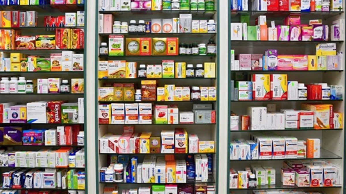 Del Dalsy al valsartán del pasado a la adrenalina inyectable hoy: el desabastecimiento de medicinas aumenta