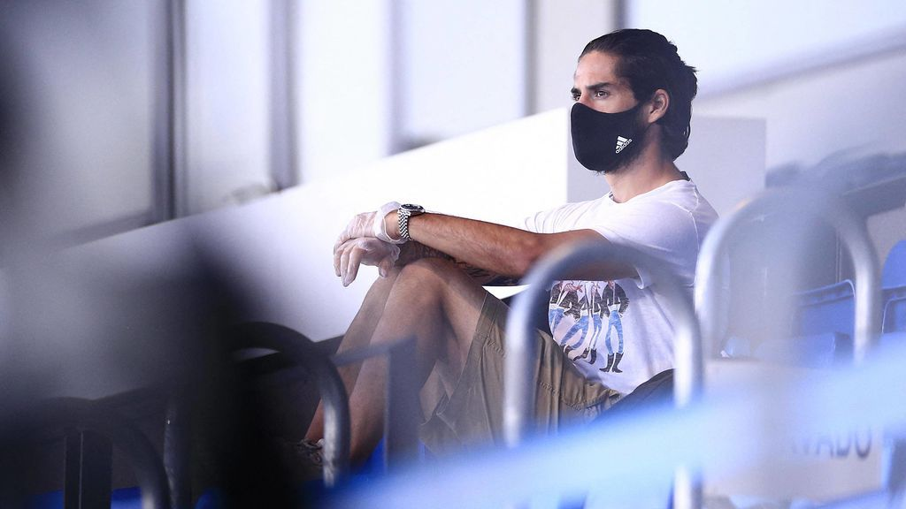 """La preocupación de Zidane y Luis Enrique con Isco: """"Ven casi imposible poder recuperarlo"""""""