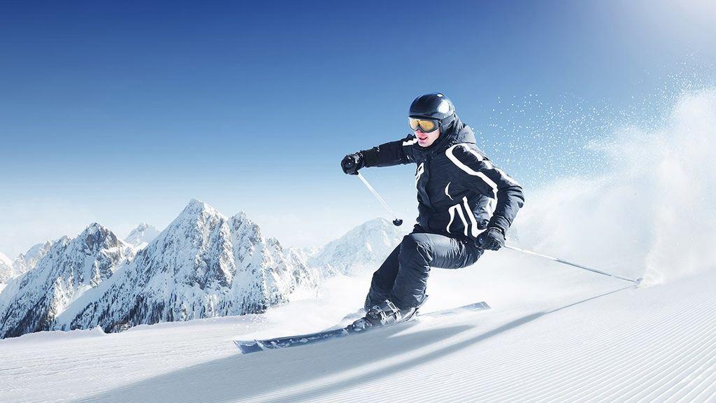 Cómo prevenir las lesiones esquiando