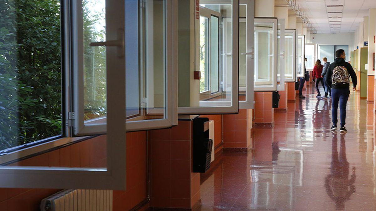 Centros educativos y ventanas abiertas