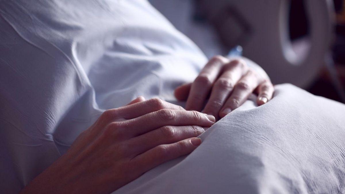 Ángela, tres meses con morfina a la espera de una extirpación del páncreas que no llega por la covid