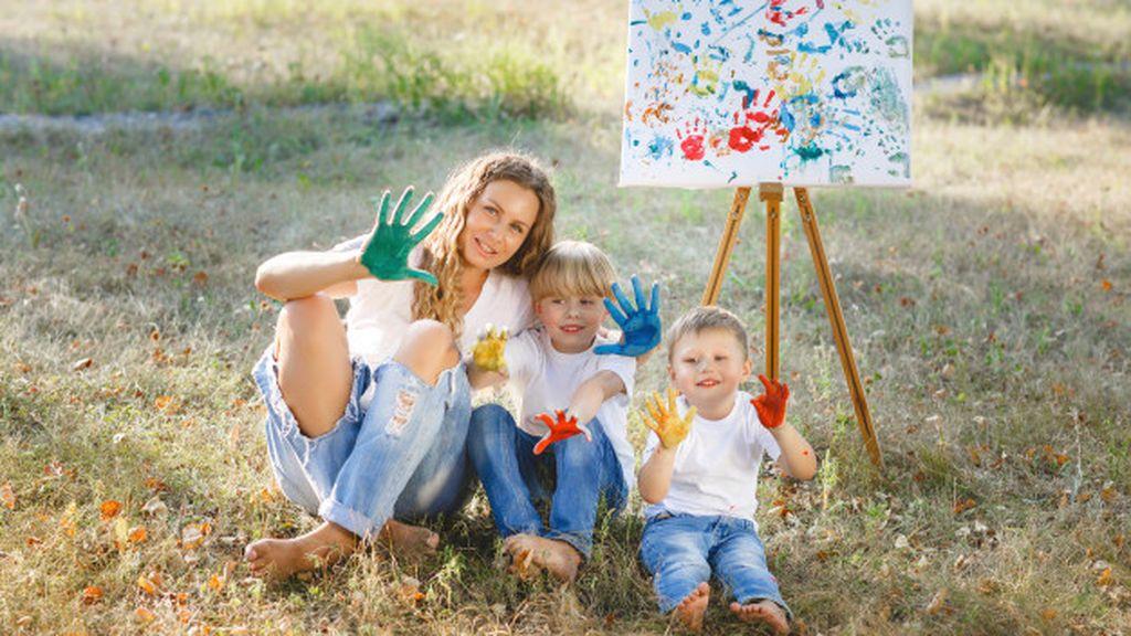 Además, si estás descansada y feliz, tus relaciones con tus hijos mejorarán.