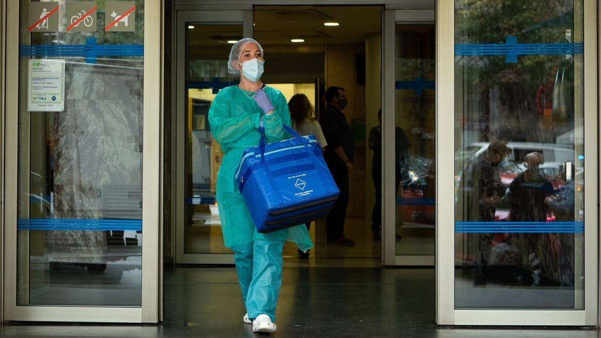 La presión hospitalaria comienza a golpear en la segunda ola, pero no en todas las Comunidades
