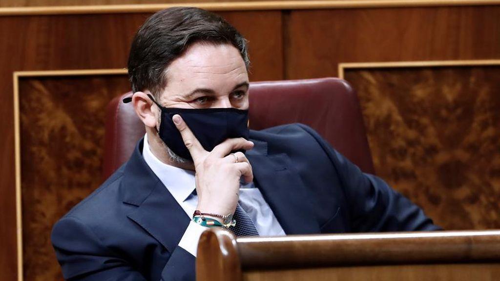 Fracasa la moción de censura de Vox: Casado abandona a Abascal que se queda solo en el Congreso