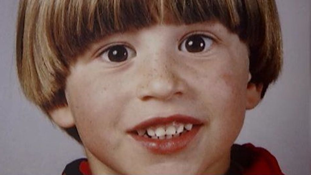 Sergio Ramos comenzó a jugar al fútbol cuando era muy pequeño con un look muy característico.