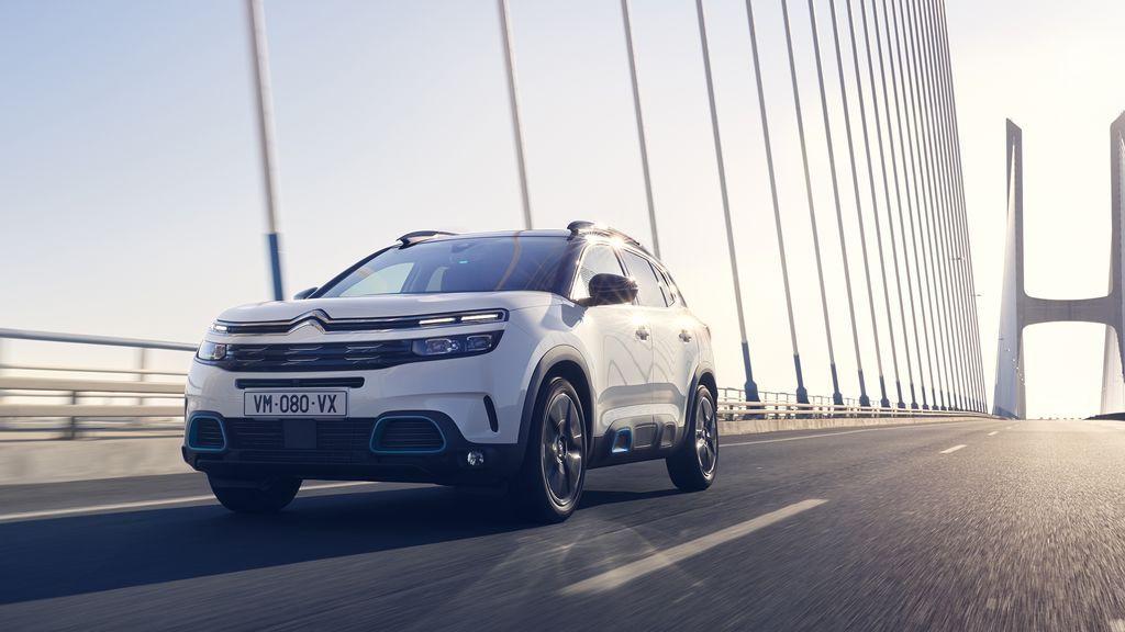 Citroën baja 8.210 € su C5 híbrido enchufable para que financiando sea más barato que un gasolina