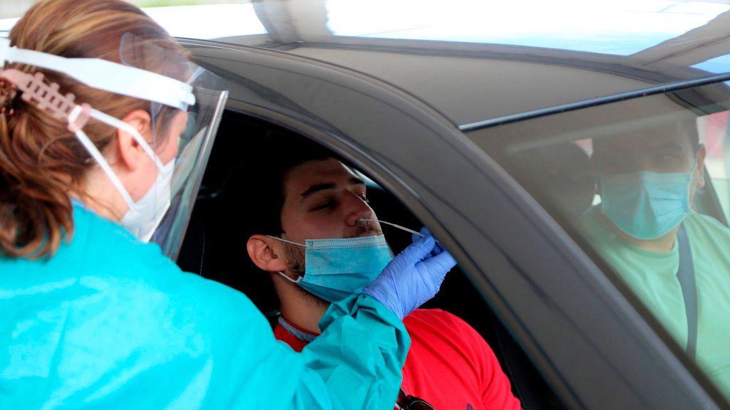 Galicia alcanza los 5.675 casos activos, la cifra más alta desde el inicio de la pandemia
