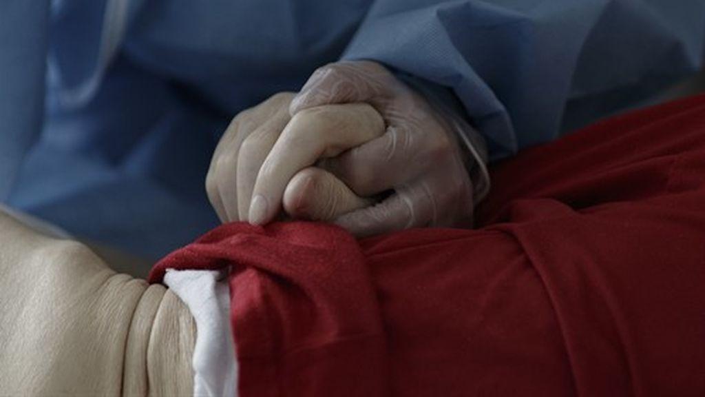 Residencias de ancianos en Asturias: los brotes se doblan en una semana y afectan ya a 79 centros