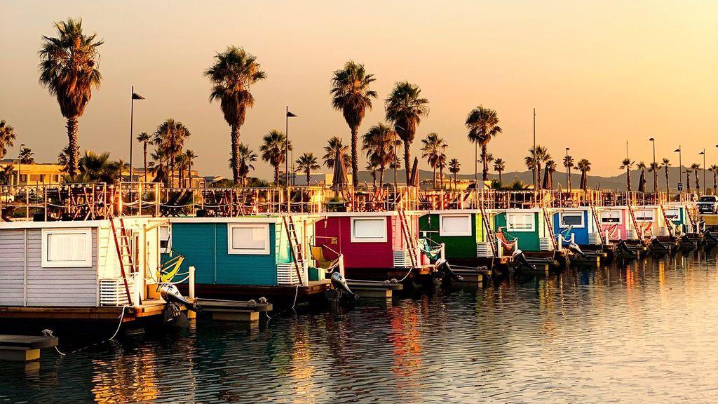 De Holanda a La Línea: la moda de las casas flotantes llega a España por Cádiz