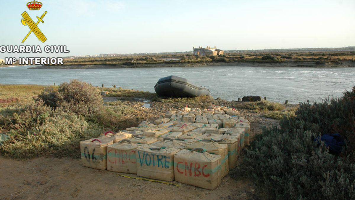 Cuando la profundidad importa: casi dos toneladas de hachís intervenidas en el caño de Sancti Petri