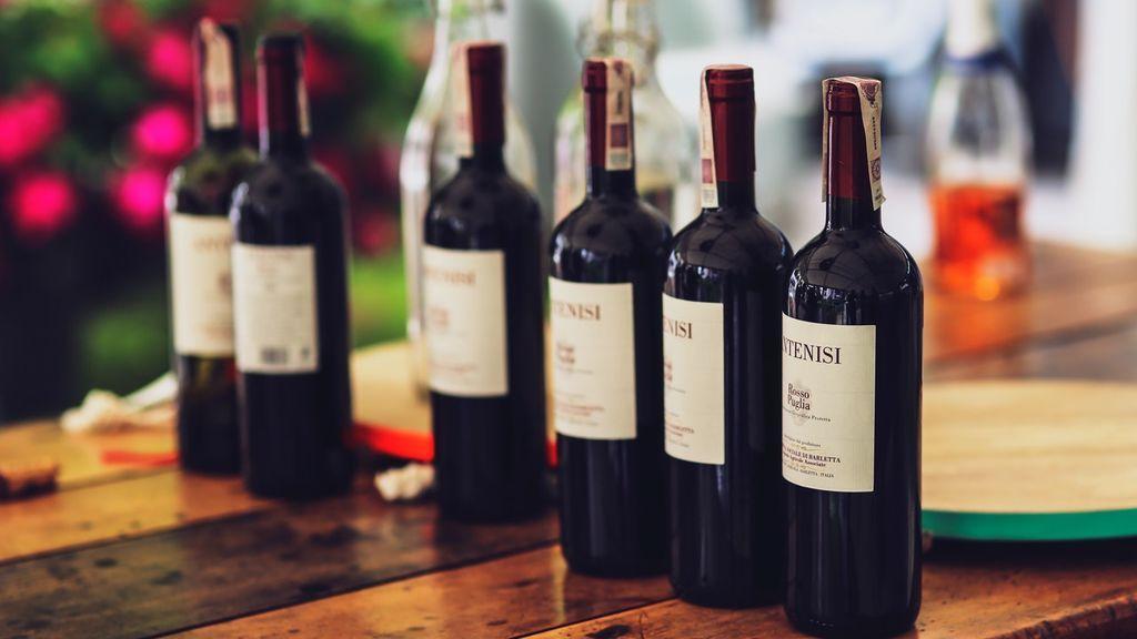 Del año de cosecha a recomendaciones de maridaje: lo que dice de un vino la información de la etiqueta
