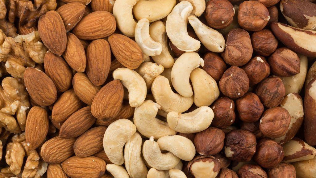 Los frutos secos serán un gran tentempié para tomar a media mañana o media tarde.