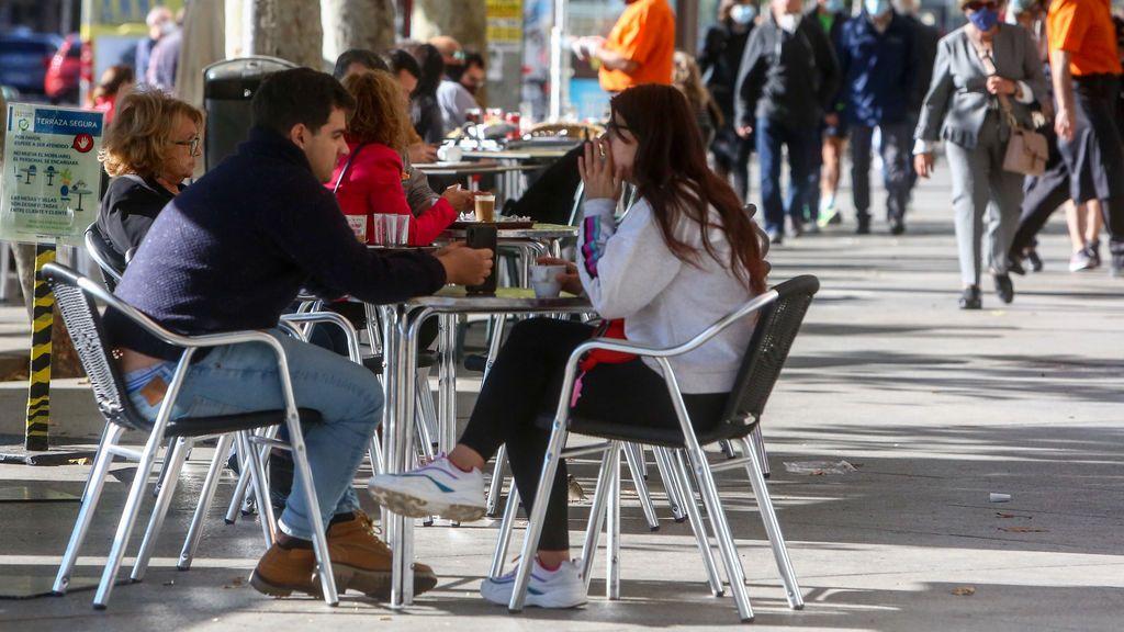 Las nuevas medidas en Madrid tras el estado de alarma: prohibidas reuniones nocturnas y vuelta al sistema de ZBS