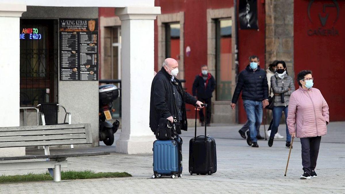 Se disparan los contagios en Castilla y León, que supera los 2.000 casos diarios por covid-19
