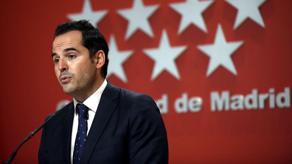 """Madrid pide a Sánchez que """"coja las riendas"""" y decrete el estado de alarma"""