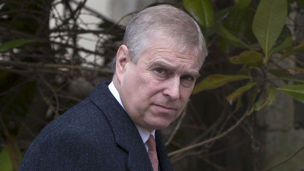 Caso Epstein: el príncipe Andrés pidió información a Ghislaine Maxwell sobre la mujer que le acusa de abuso