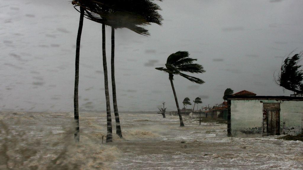 La Niña, el cambio climático y una temporada de huracanes frenética en el Atlántico: ¿Tienen que ver?