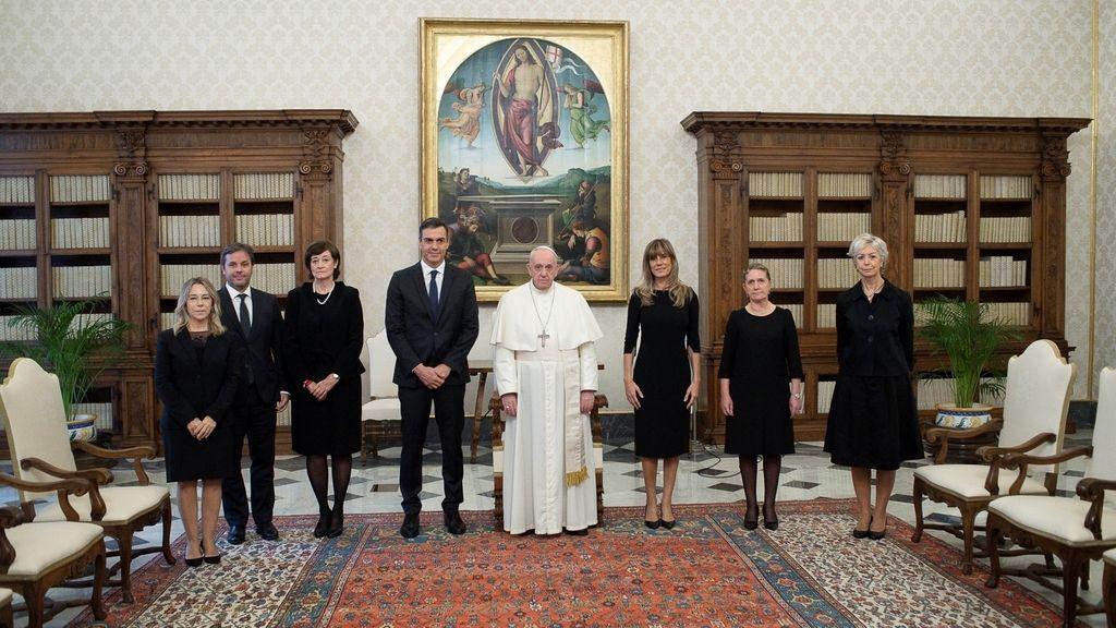 El encuentro entre Sánchez y el Papa, muy criticado por la falta de mascarillas