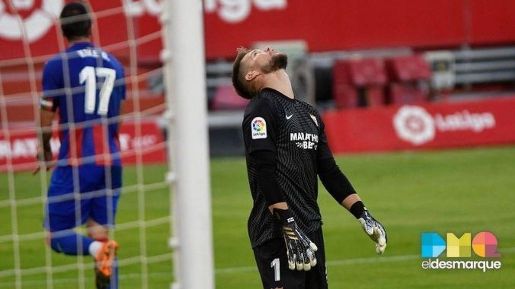 Vaclik, tras el gol del Eibar al Sevilla