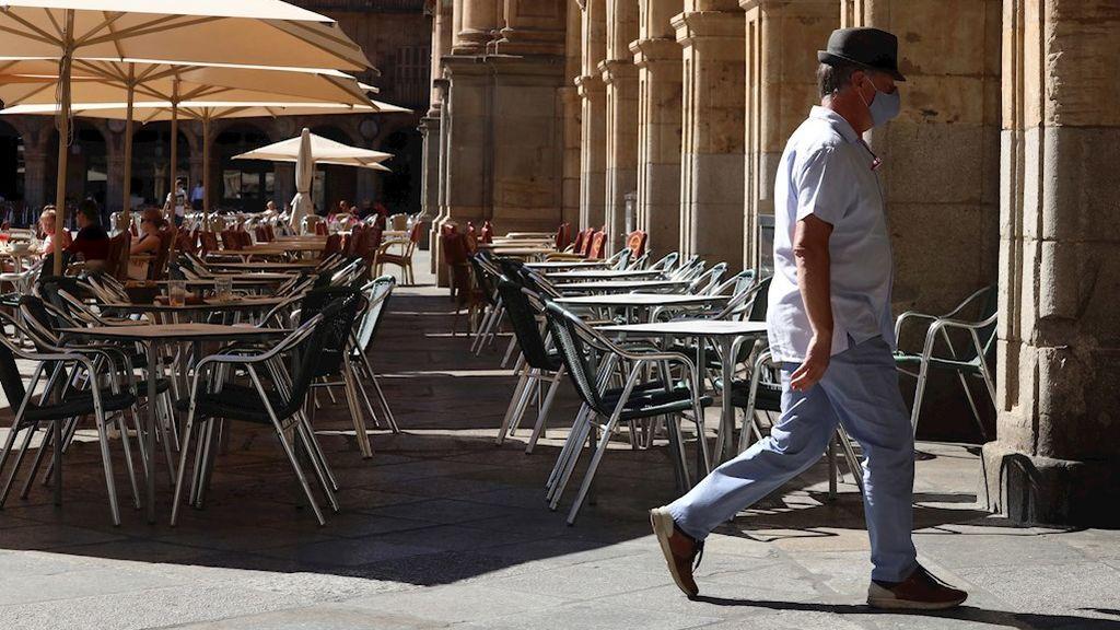 La curva de contagios se dispara en España: nueve comunidades registran récords de casos este sábado
