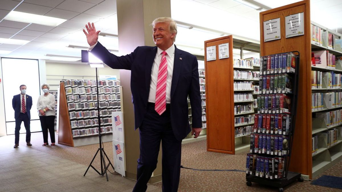 Trump vota por anticipado en Florida