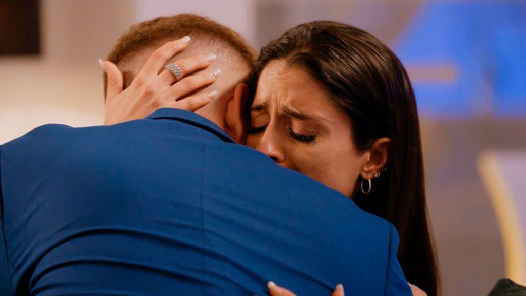 Reencuentro de parejas y exparejas, este domingo en 'El debate de las tentaciones'