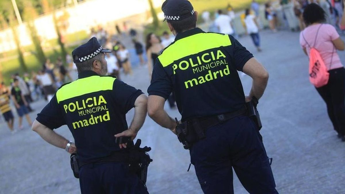 La Policía Municipal desaloja este fin de semana un botellón con 300 personas e interviene en 300 fiestas privadas