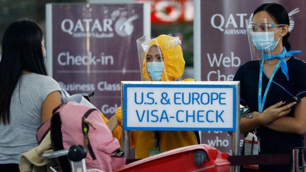 """Pasajeras australianas se quejan de """"exámenes invasivos"""" de sus genitales en el aeropuerto de Qatar"""