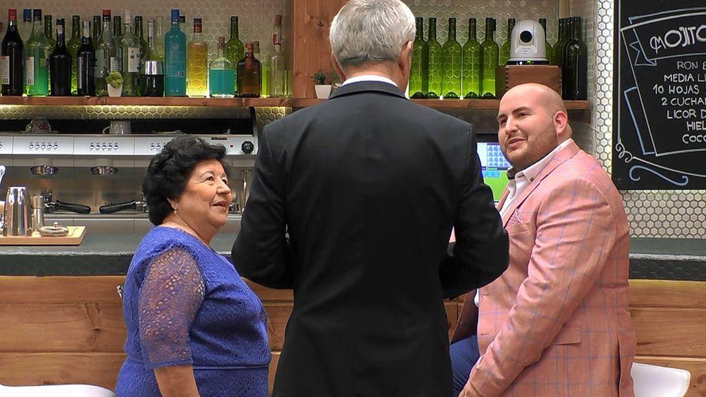 Fran y su abuela en 'First Dates'
