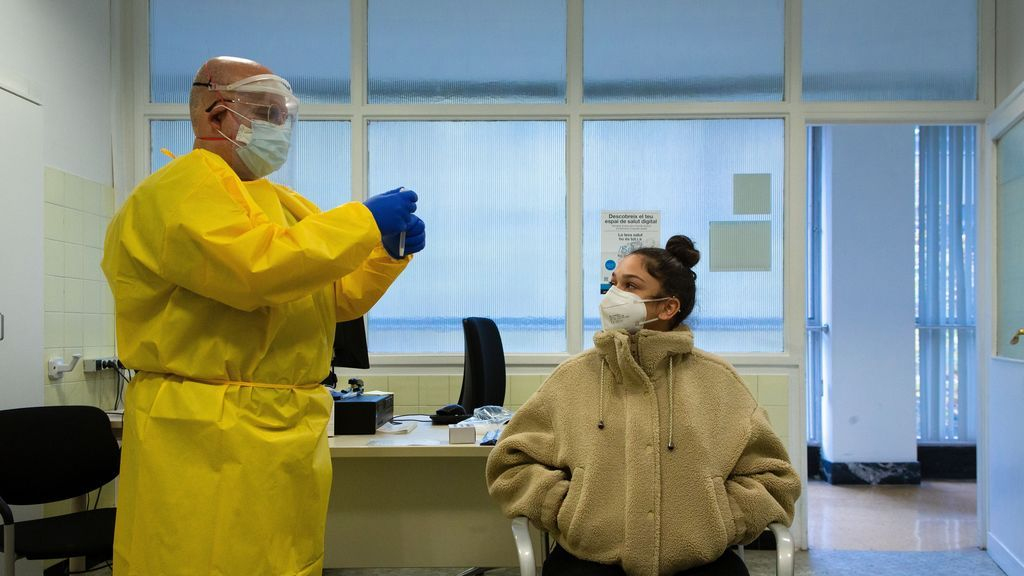 Sanidad añade 52.188 contagios desde el viernes, el peor fin de semana de la pandemia