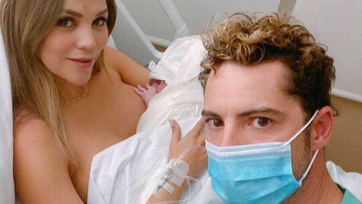 David Bisbal y Rosanna Zanetti con su recién nacida, Bianca