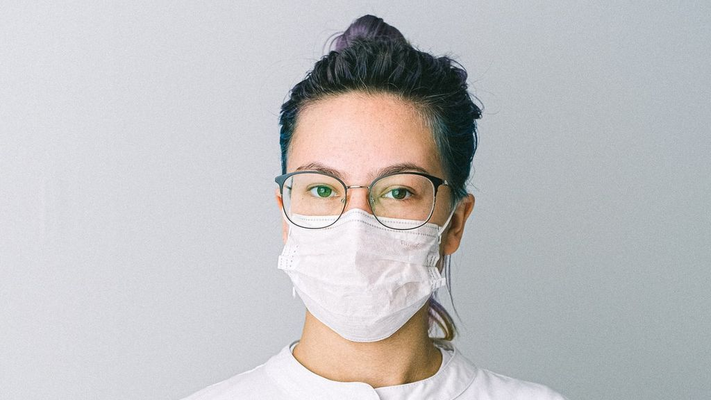 Limpia tus gafas de forma correcta y evita que se empañen cuando uses la mascarilla